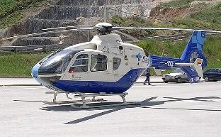 Trasladada al hospital una herida tras volcar un turismo en Pedrosa de Valdelucio