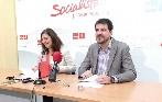 El PSOE insiste a la Junta para que asuma las competencias de las residencias de mayores