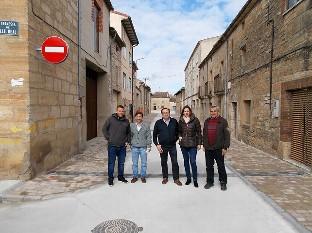 Tardajos inaugura la reformada Calle Real