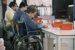 Nueva línea de ayudas para la formación laboral de discapacitados en asistencia personal