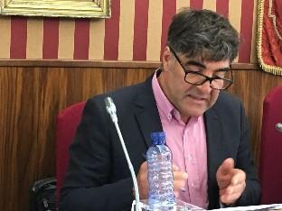 Gómez se considera objeto de una persecución política y mediática