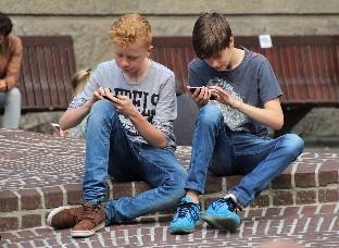 Los dispositivos móviles desbancan a la televisión como primera opción de ocio de las personas