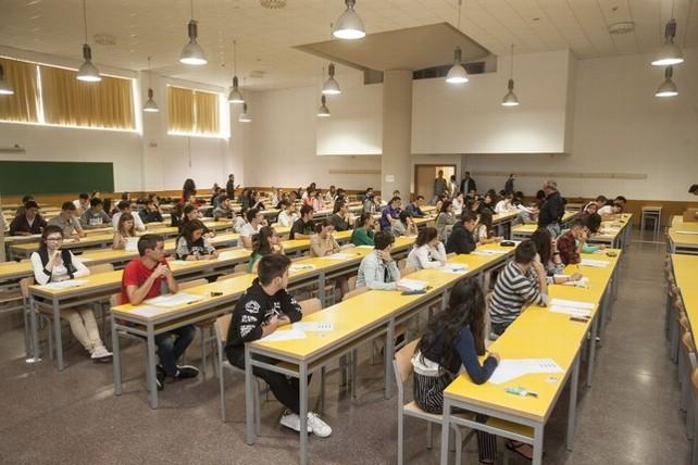 alumnos-burgos-selectividad