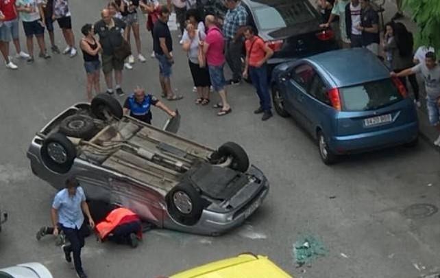coche-volcado-miranda