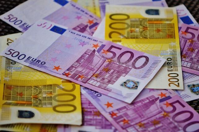 dinero-monedas-billetes-euros
