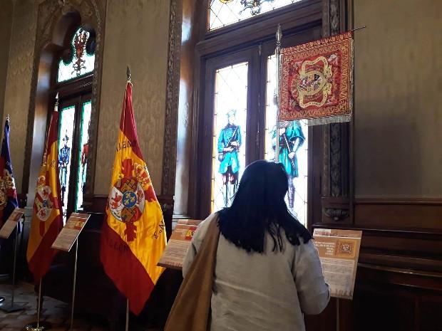 exposicion-banderas