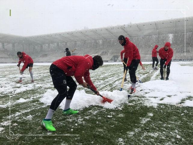nieve-futbol