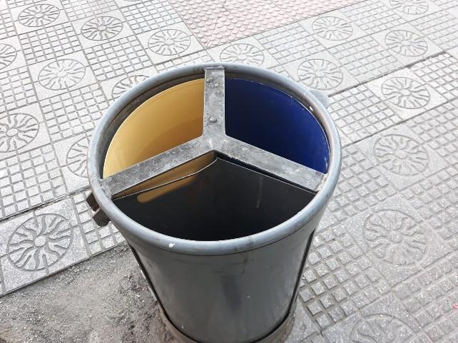denuncia-reciclaje-papelera