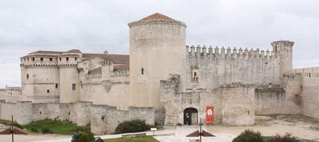 castillo-de-los-duques-de-alburquerque