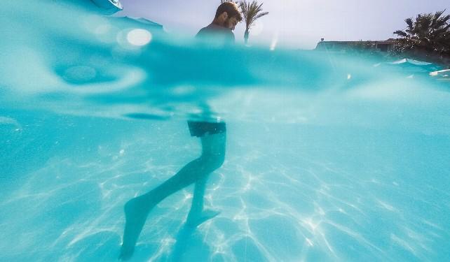 agua-nadar-nadando-piscina