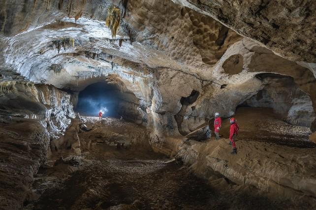 ojo-guarena-cueva