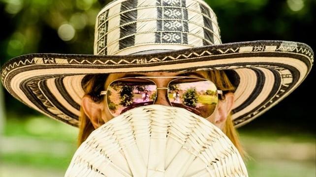 verano-sol-sombrero
