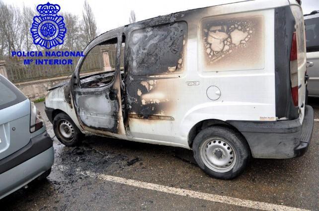 furgoneta-incendiada