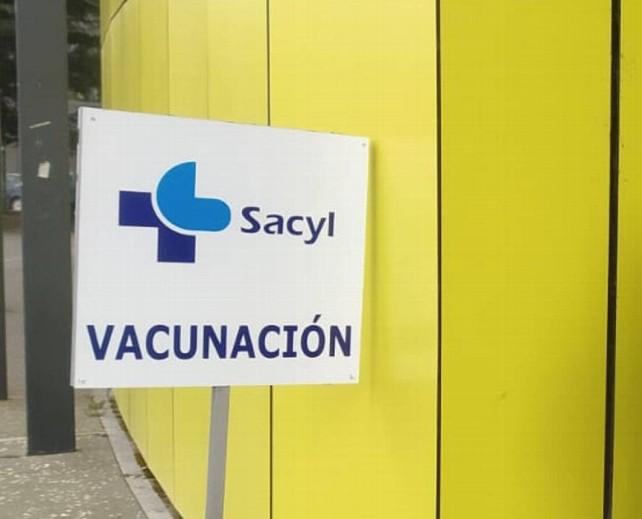 vacunacion cartel sacyl covid