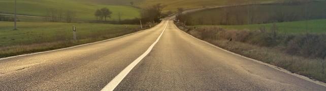 carretera rural asfalto pueblo